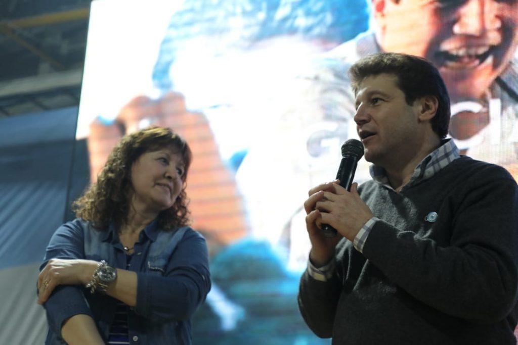Encuentro-Renacer-Ushuaia-Agradecimiento-Melella-Urquiza I