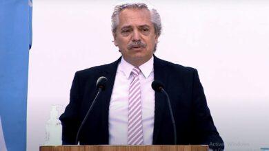 Photo of ALBERTO FERNÁNDEZ, AL PERSONAL DE SALUD: «CUENTAN CON MI ADMIRACIÓN DIARIA»