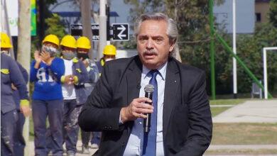 Photo of ALBERTO FERNÁNDEZ, EN AVELLANEDA: «ESTAS CASAS NO LAS HACE EL MERCADO SINO EL ESTADO»