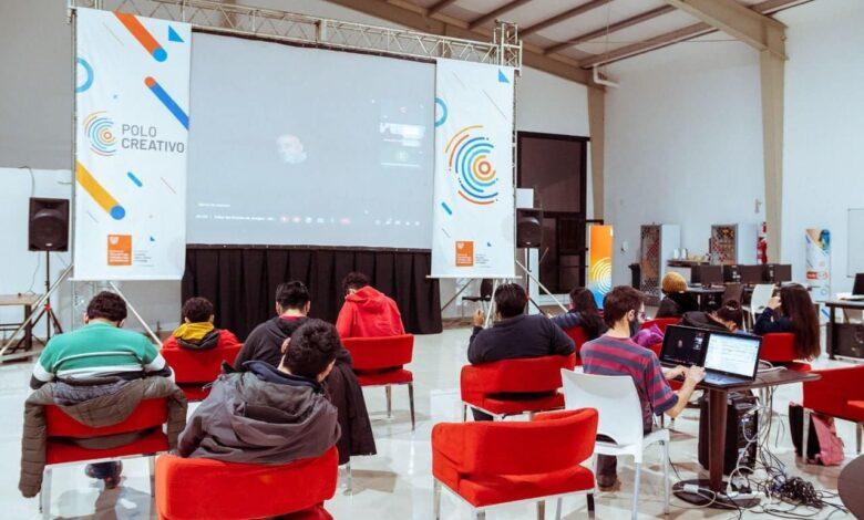 Photo of COMENZÓ EN LOS POLOS CREATIVOS EL CICLO DE CAPACITACIONES EN DESARROLLO DE VIDEOJUEGOS
